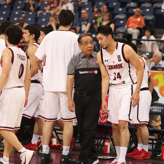長谷川ヘッドコーチの指示を聞く#34 小野 龍猛選手